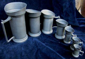 serie-de-pots-cheminee-7-pichets-en-etain